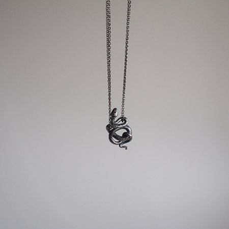 Arcana Obscura Snake 1 tail down Necklace - sterling silver