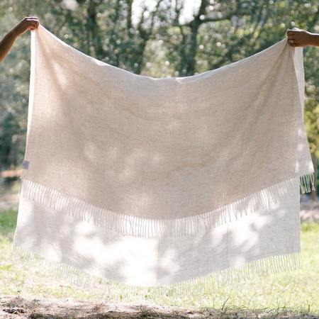 CLEMENTINE'S Salina Linen Throw