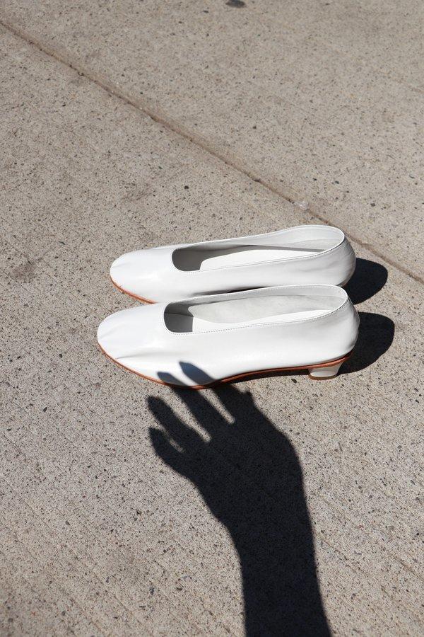 Martiniano Glove Leather High Heel - White