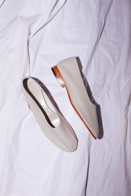 Martiniano Glove Shoe - Light Grey