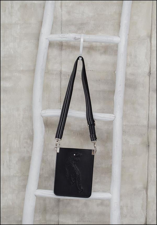f98f83cfbb Gabriele Frantzen Leather Tiger Phone Pouch - Black Embossed ...