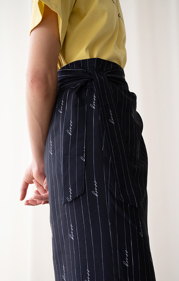 AMONG SEOUL STRIPE WRAP SKIRT - NAVY