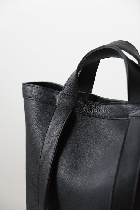 CHC The Moonblade Tote - black