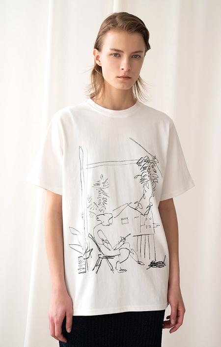 AMONG SEOUL Travel T-shirt - Ivory