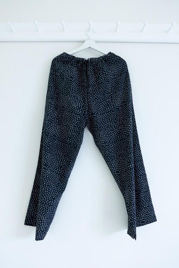 Karu Scrub Pants - Midnight Blue Print