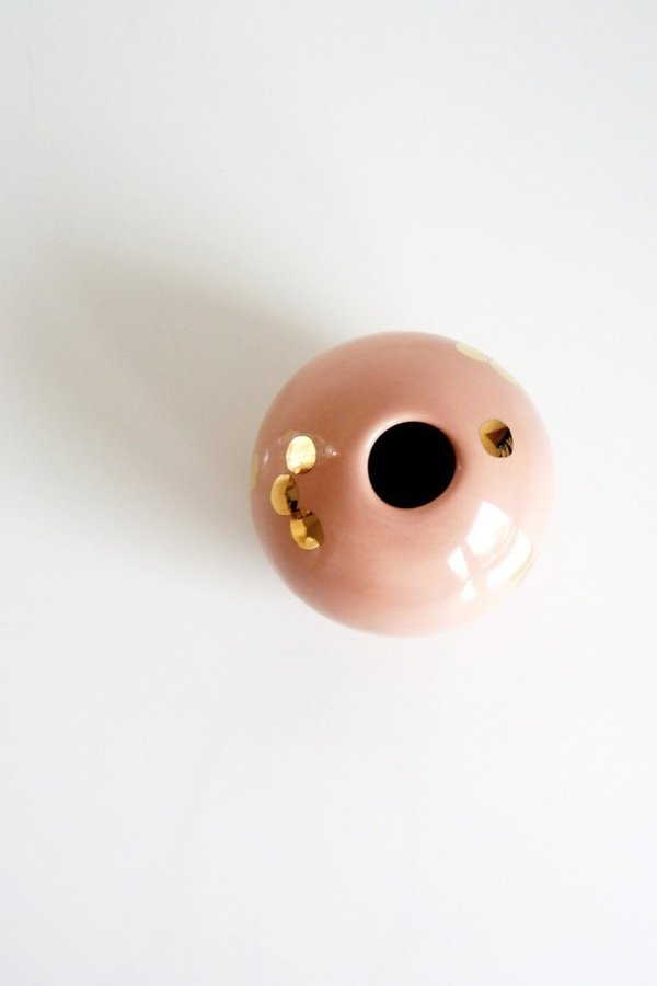 The Object Enthusiast Dotted Ball Vase - Peach