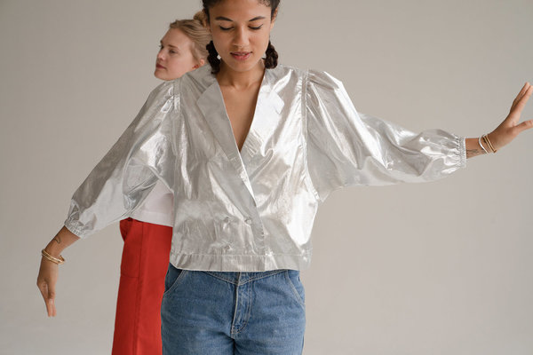 Don't Worry Baby Parrot Top - Silver