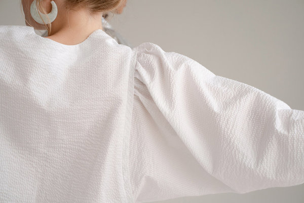 Don't Worry BabyParrot Top - Off White