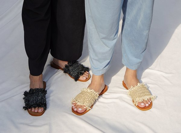 Muni Muni Cleo Slides - Charcoal