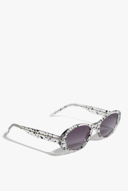 KOMONO Alina Sunglasses - Clear
