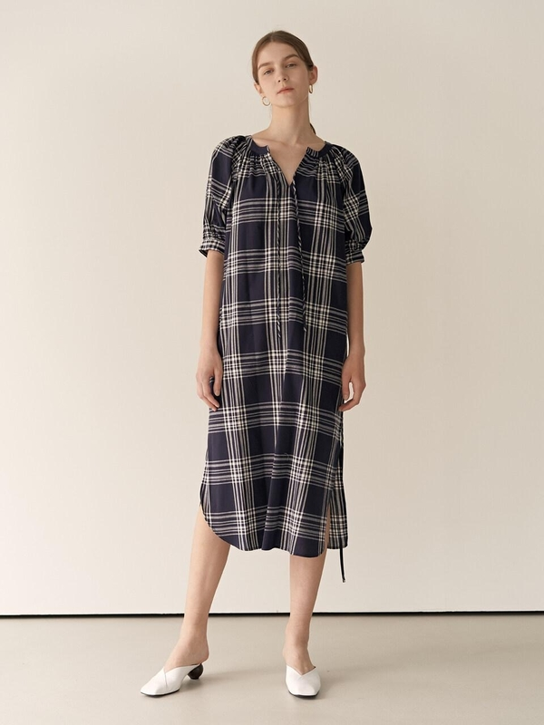 MOHAN Resort Tie Neckline Check Dress on Garmentory