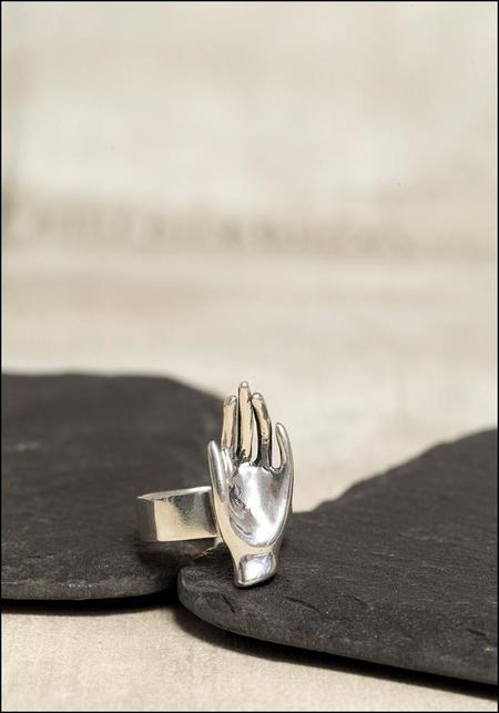 Captve Hand Ring - Sterling Silver