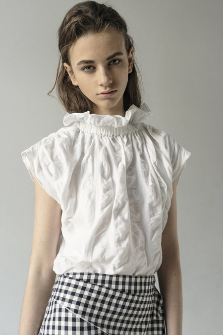 K M by L A N G E VINTAGE FABRIC WHIPPED CREAM BLOUSE - WHITE