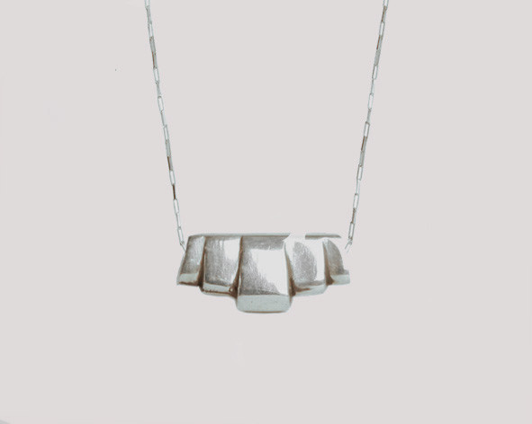 Lacar Deco necklace