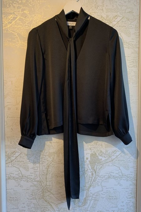 DELFI COLLECTIVE Mira Front Tie Top - Black