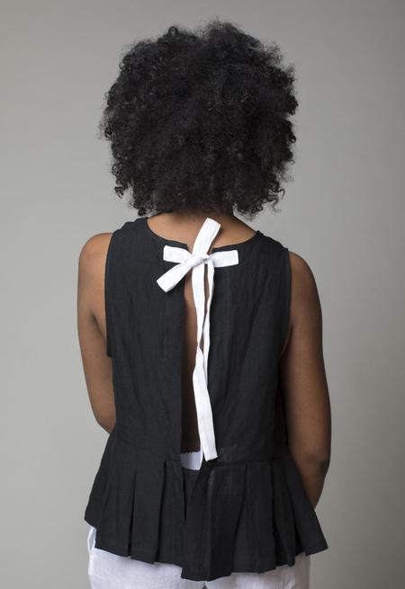 Le Vestiaire de Jeanne Pleated Bow Top - Black