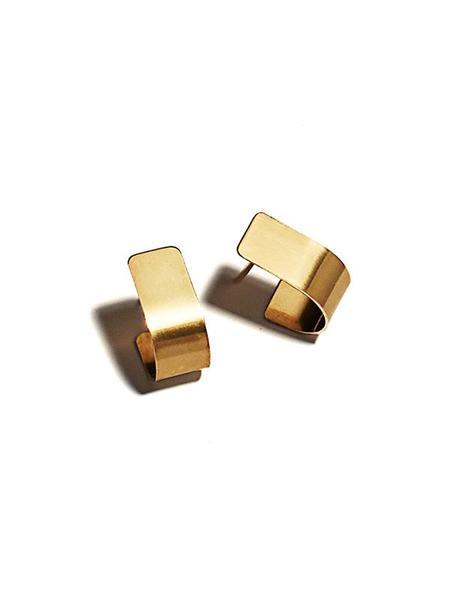 Lila Rice Bend Studs -10K Yellow Gold