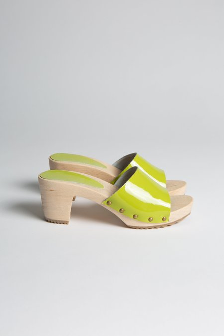 Bosabo Patent Clog Mule - Lime