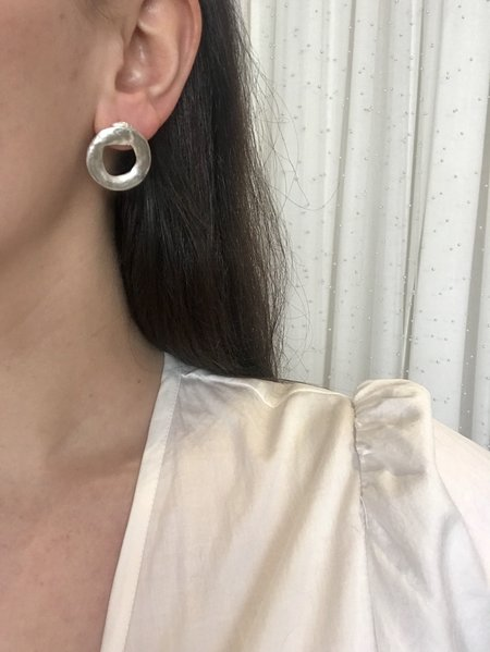 BEFORE MARCH Ouroboros Earrings - silver