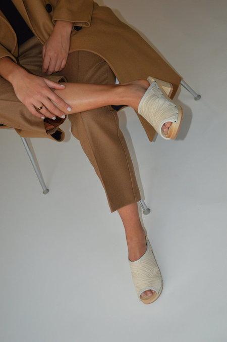 Santa Venetia Goods Shannon Shearling Lined - Ivory