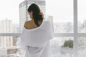 The Sleep Shirt Linen Robe - White