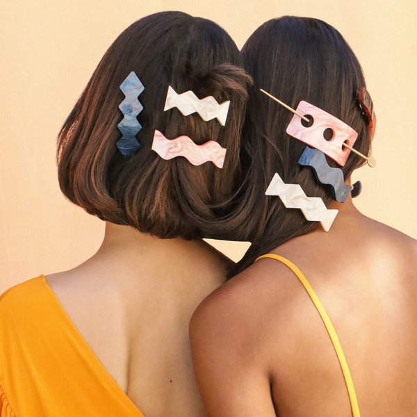 Metalepsis Projects Three-dot Hairpin