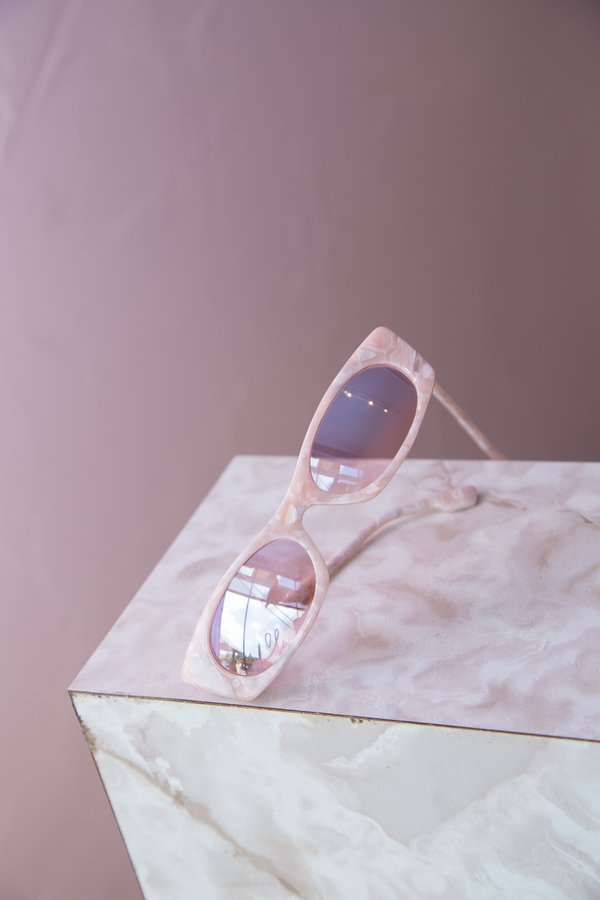 Le Specs Deep Shade Sunglasses - Rose