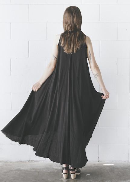 Black Crane - Floral Dress in Black