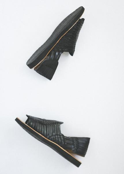 Chamula - Chichen Weave Sandal in Black
