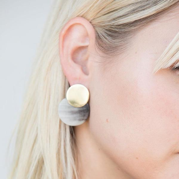 SOKO Horn Coin Contrast Earrings - Brass