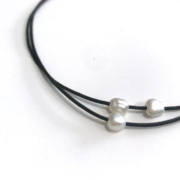 PILAR AGUECI Jupiter Choker - black/pearl