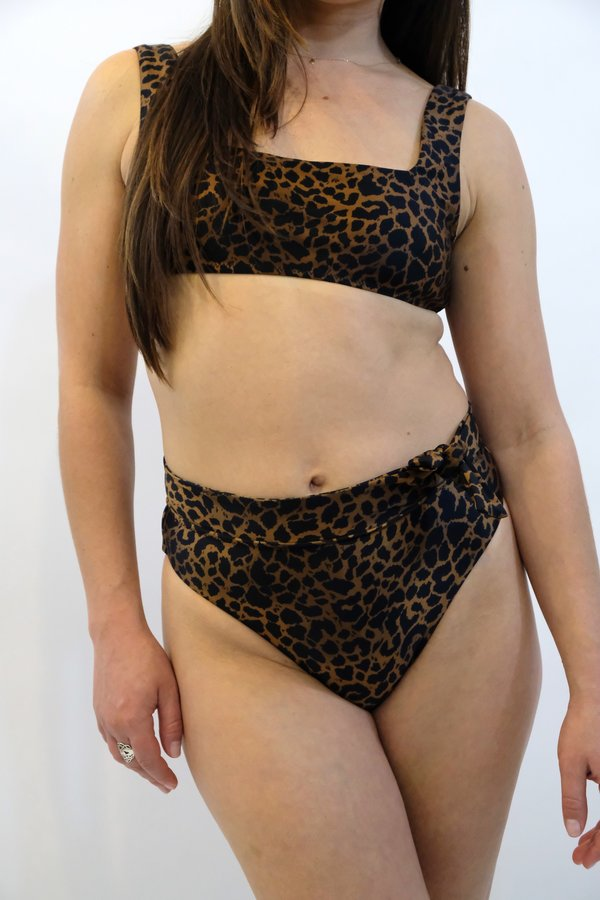 SIDWAY The Karen Hi-Rise Bikini Bottom - Animalia Leopard Print