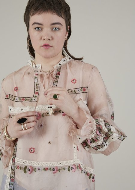 Let me be Wildflower Bead and Lace Blouse - Blush/Lace