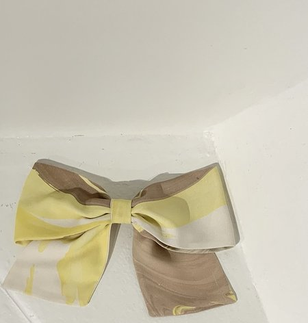 Vintage Bianca and Red Studio Classic Large Hair Bow