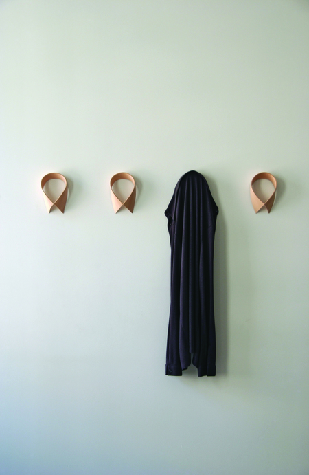 Loyal Loot Monsieur DressUp Maple Collar- Coat Hook - 4 Piece Set