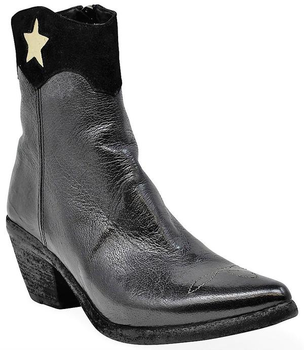 Madison Maison By Fauzian Jeunesse Leather Boot With Gold Star  Detail - Nero