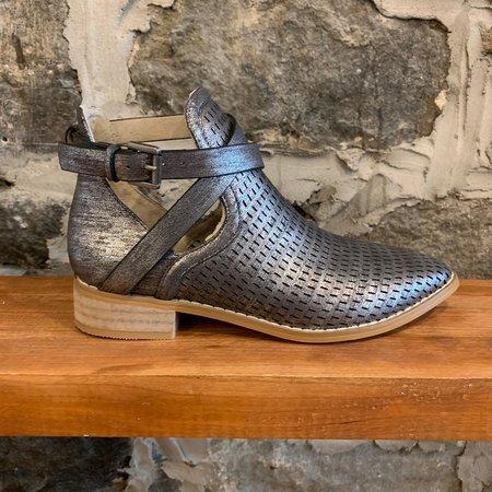Vanessa Wu Bt 1794 Boots