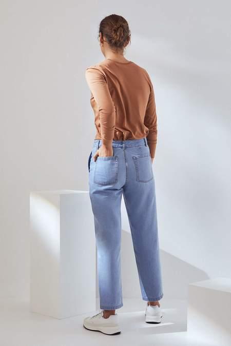 Kowtow Core Jeans - pale blue denim