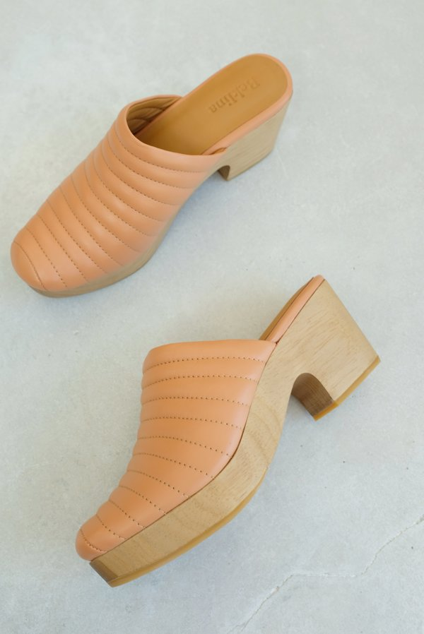 Beklina Ribbed Clog - Peach