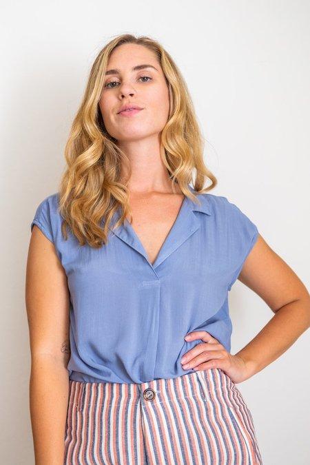 Bella Dahl Breezy Popover Top - Blue