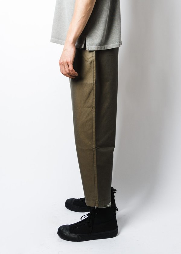 Eastlogue Holiday Pants - Olive Solaro