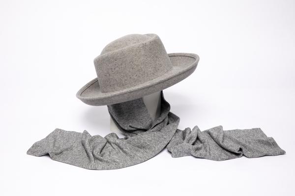 Clyde Gambler Hat W. Neck Scarf