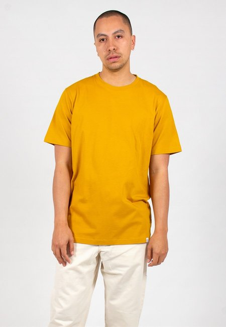 Norse Projects Niels Standard T-Shirt - monpellier yellow