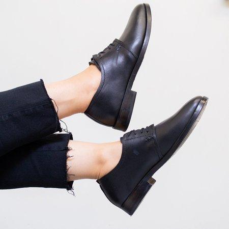 Sutro Footwear Aloha Oxford - Black