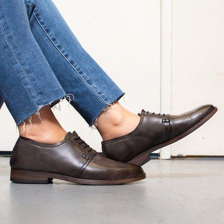 Sutro Footwear Aloha Oxford - Dark Grey