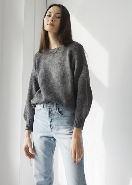 Bare Knitwear Classic Crew - Charcoal