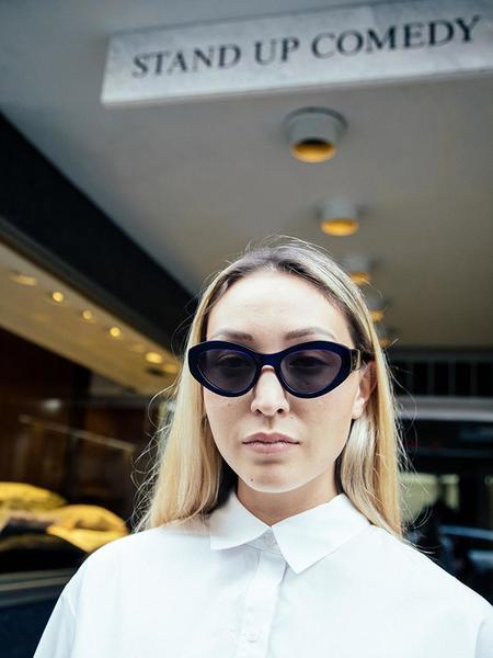 Chimi Elsa Eyewear - Dark Blue/Grey