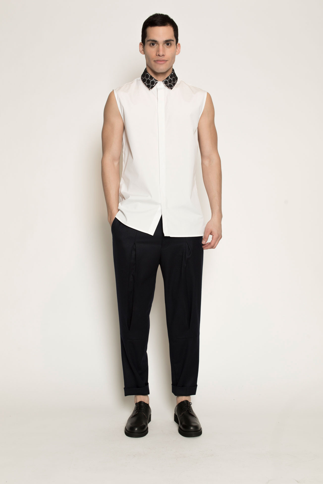 Men 39 S Kenneth Ning Lace Collar Sleeveless Shirt In White
