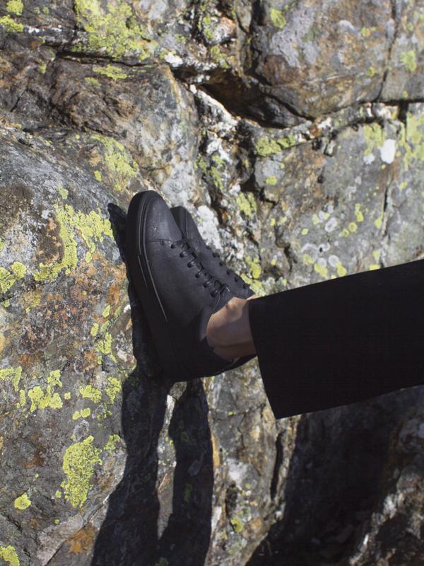 Unisex Sydney Brown Low Sneaker - Charcoal