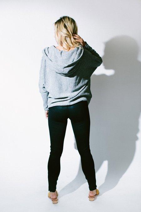 Heather coated skinny zip pant - black